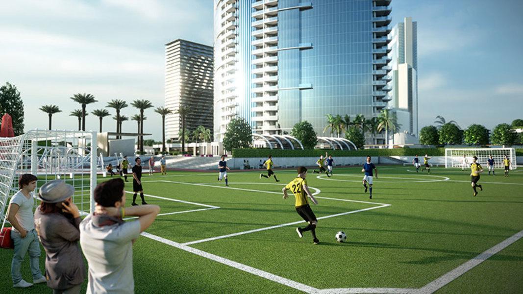 La cancha de fútbol en el PARAMOUNT World Center.