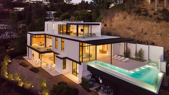 每日豪宅   清幽宁静的洛杉矶高端社区新建大宅
